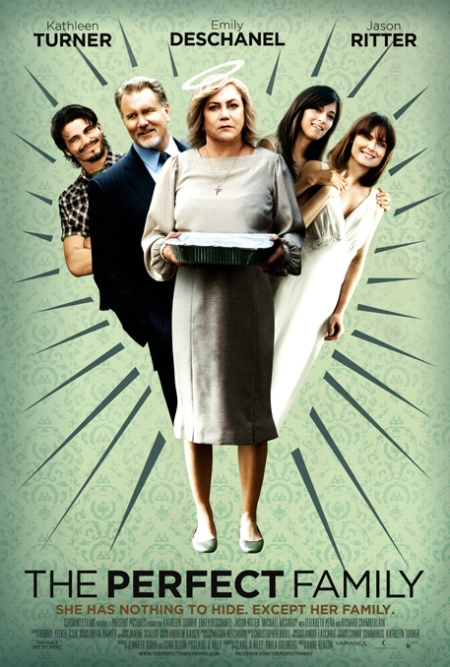 The perfect family poster, the perfect family cartel, the perfect family kathleen turner, the perfect family retoque photoshop, katarama, katanga73, katanga73.wordpress.com